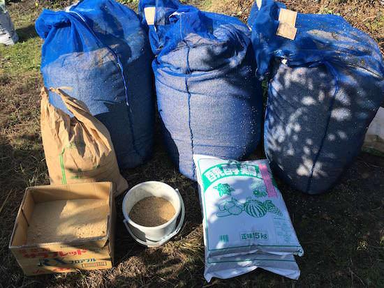 もみ殻堆肥作りの材料
