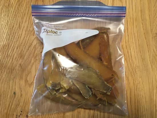 干し芋は袋に入れて冷蔵保存