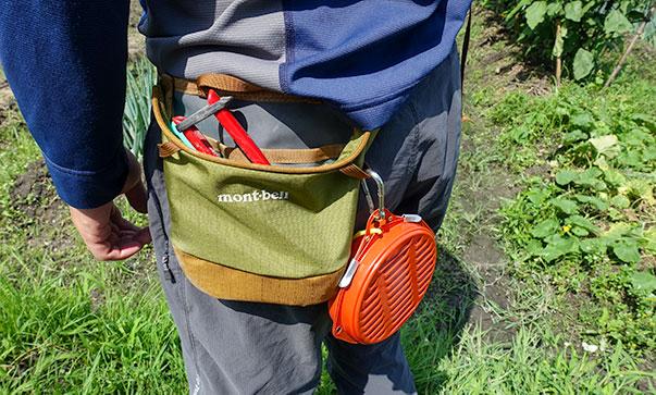 モンベル フィールドツールポーチ に蚊取り線香を引っ掛ける