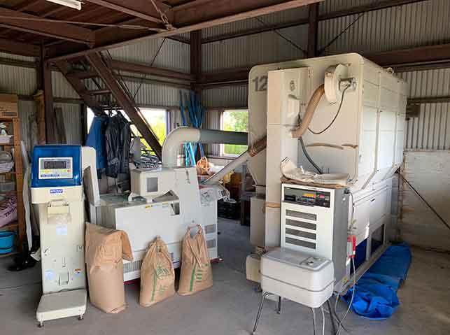 米の乾燥・調整作業の農機具
